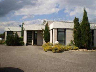 Location Local d'activités / Entrepôt Ternay