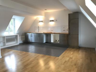 Appartement 2 pièces en dernier étage