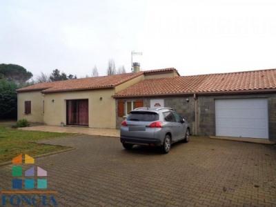 6 km sud de bergerac maison plain pied de 129 m²