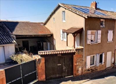 Maison ancienne avec cour