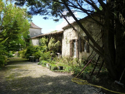 Stone-built property 6 rooms Salles