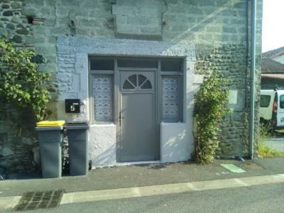 Maison de village T3 AVEC JARDIN