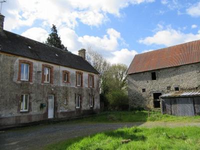 Maison de 3 chambres, habitable proche Coutances