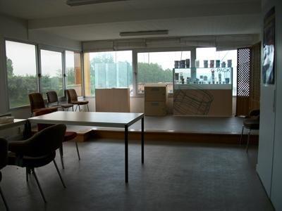Location Local d'activités / Entrepôt Chassagny 0