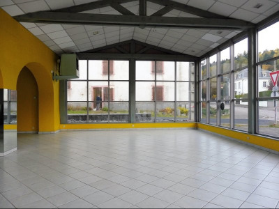 Location - Local commercial - 380 m2 - Plainfaing - Photo