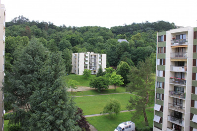 Appartement T5 de 94,76m² avec balcon, cave et parking