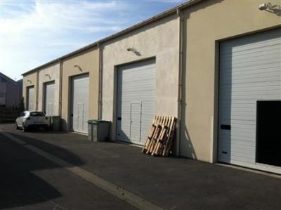 Location Local d'activités / Entrepôt Mandres-les-Roses