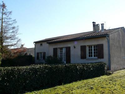 Villa T6 avec 1 000 m² de terrain