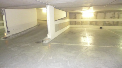 Parking 20m² 28000 euros Paris 15e