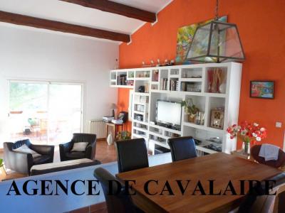 Villa T 6 à Cavalaire proche du centre-ville