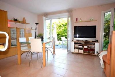 Vente Maison / Villa 4 pièces Antibes-(75 m2)-414 000 ?