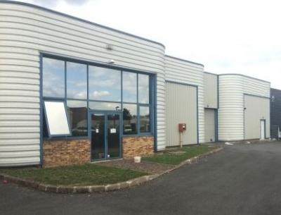 Vente Local d'activités / Entrepôt Saint-Pierre-du-Perray