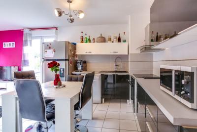 Appartement Vaulx En Velin 3 pièce(s) 56.32 m2