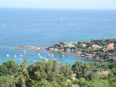 Vacation rental house / villa Les issambres 1910€ - Picture 9