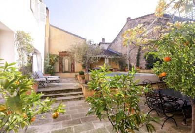 Unique appartement Intra Muros avec terrasse de 100m²