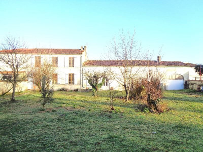 Typisches Haus der Charente 6 Zimmer Secteur Salignac-sur-Charente