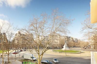 Paris VIIe - Place Breteuil