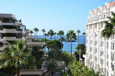 Cannes Gray d'Albion Vue Mer Cannes