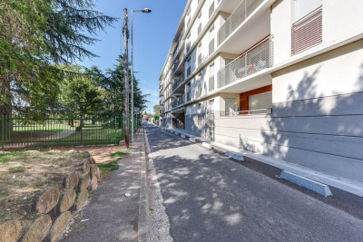 Appartement Decines Charpieu 3 pièce (s) 65,12 m²
