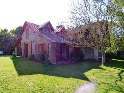 Vente - Maison ancienne 5 pièces - 110 m2 - Bréval - Photo