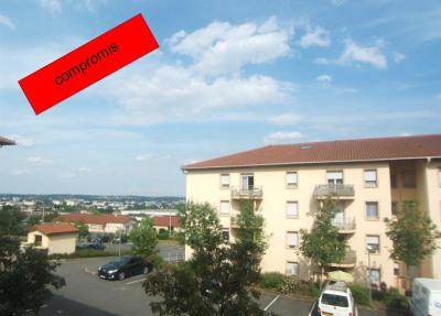 T2 bis, 56 m² - Limas (69400)