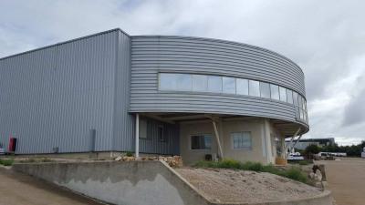 Location Local d'activités / Entrepôt Roquemaure