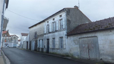 House / villa 7 rooms Secteur Archiac