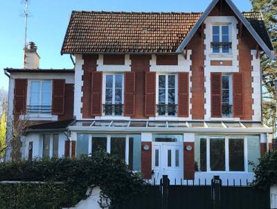 Maison Vaucresson 5 pièce (s) 110 m²