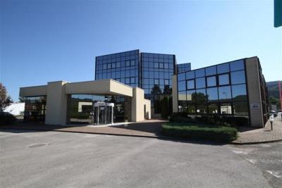Location Bureau Izernore