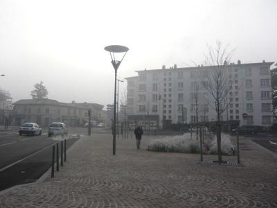 Location Boutique Décines-Charpieu