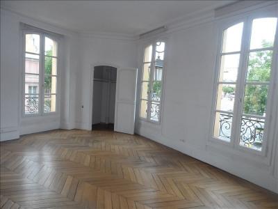 Location Bureau Versailles