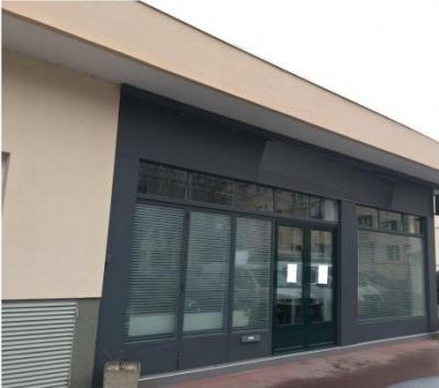 location bureau le pecq yvelines 78 78 m r f rence n 619515. Black Bedroom Furniture Sets. Home Design Ideas