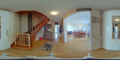 Maison Vaulx En Velin 9 pièce (s) 140 m²
