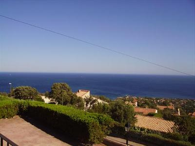 Vacation rental house / villa Les issambres 3 050€ - Picture 2