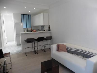 Location vacances - Appartement 3 pièces - 52 m2 - Paris 17ème - Photo
