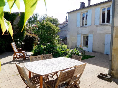 Town house 7 rooms Limitrophe de Cognac