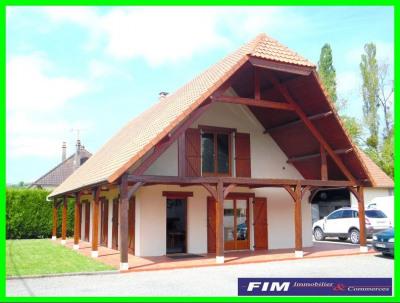 Maison de caractère parfait état grand garage de 120 m² terrain