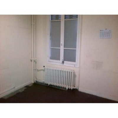 Location Local commercial Saint-Ouen 0