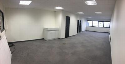 Bureaux 60 m²