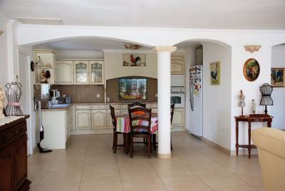 Maison à vendre Saint Laurent D Aigouze 5 pièce (s) 188 m²