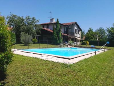 Ascain proximité bourg - villa familiale