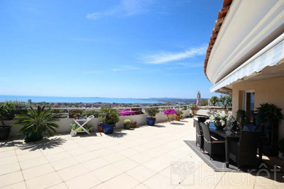 Vente de prestige appartement Saint Laurent du Var