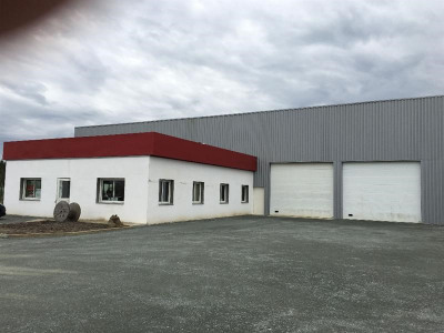 Location Local d'activités / Entrepôt Saucats