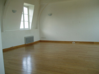 Apartment 5-room duplex