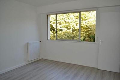 Appartement Chatou 1 pièce (s) 24 m²