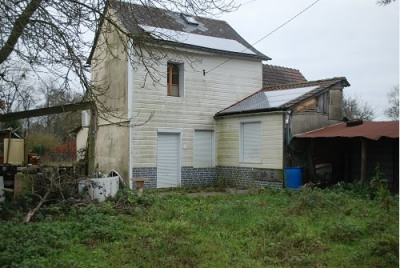 Maison à rénover 2 chambres sur 600m² de terrain