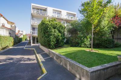 Appartement Asnières Sur Seine 2 pièce (s) 47 m²