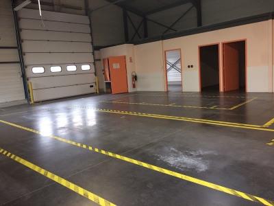 Location Local d'activités / Entrepôt Belleville