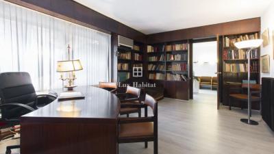 Produit d'investissement - Appartement 8 pièces - 165 m2 - Barcelone - Photo