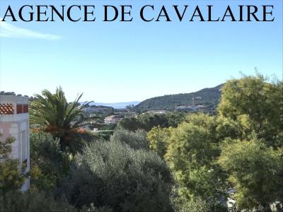 Villa mitoyenne à Cavalaire avec vue mer